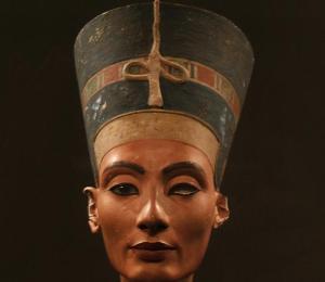 Prime exhibit on the Museumsinsel: Nefertitis
